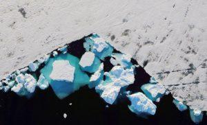 Γροιλανδία: Έλιωσαν 11 δισ. τόνοι πάγου σε μια μέρα! Εικόνες που σοκάρουν