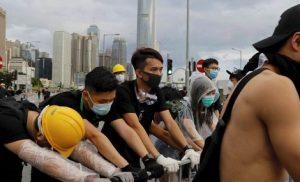 ΕΚΤΑΚΤΟ: Ανοιξαν πυρ οι κινεζικές δυνάμεις ασφαλείας κατά των διαδηλωτών στο Χονγκ Κονγκ!