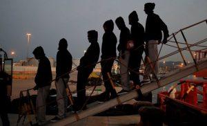 Ιταλία: Νόμος-τσεκούρι κατά παράνομης μετανάστευσης – 1 εκ. ευρώ πρόστιμο στις ΜΚΟ, συλλήψεις & κατάσχεση των πλοίων!