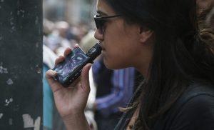 Η… νόσος του ηλεκτρονικού τσιγάρου σκότωσε και τρίτο άνθρωπο