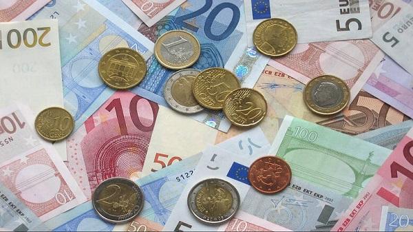 ΑΑΔΕ: Αυτόματα θα γίνεται ο έλεγχος για τα εισοδήματα για όσους δικαιούνται επιδόματα