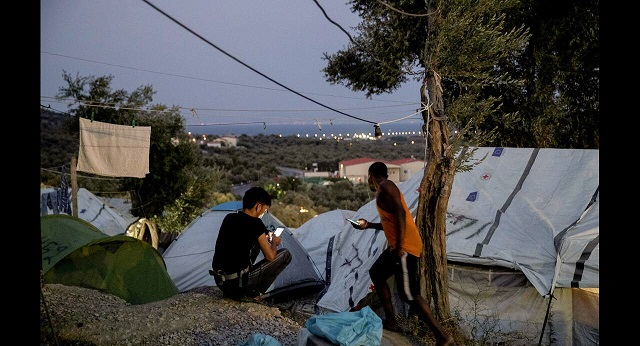 Μυτιλήνη: Αθώοι οι πρόσφυγες που είχαν κατασκηνώσει στην πλατεία Σαπφούς